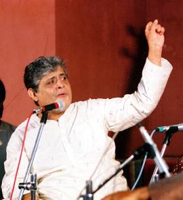 music satyasheel deshpande Pandit satyasheel deshpande creates a five minute classical music (fmcm) khayal piece for prafulla dahanukar art foundation (pdaf), to help listeners appreciate hindustani classical music on their.